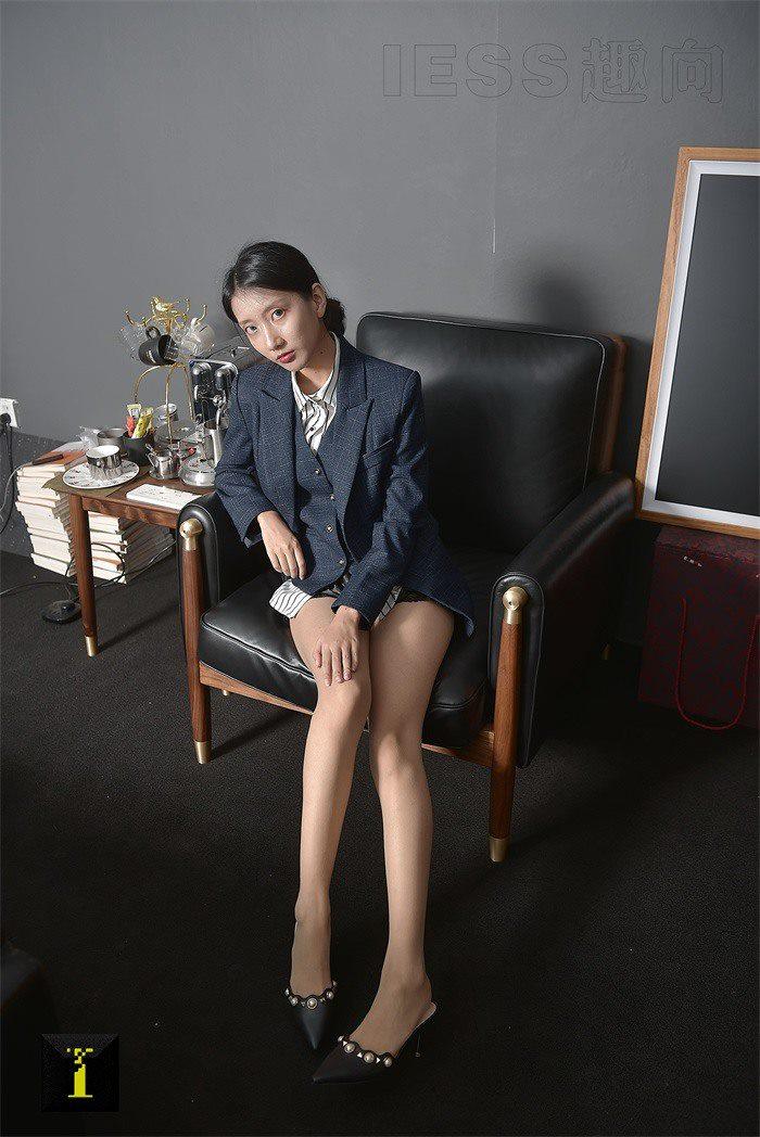 [IESS异思趣向]普惠集 118 森爷-穿西装的女人[66P/82M]